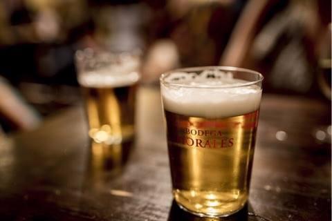 2 øl virker bedre end hovedpinepiller - Det viser ny forskning.