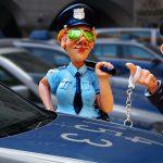 Vittighed: Politimand stopper Jens for spirituskørsel – så jubler han 5 ord der får politimanden til at måbe