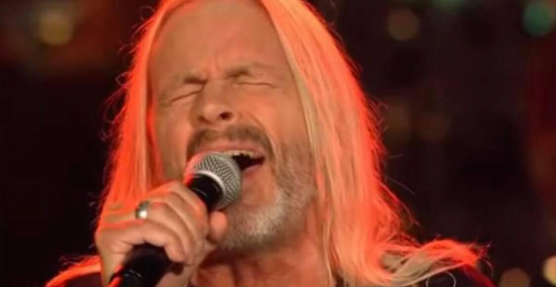 64-årig herre stiller op i sangkonkurrence - dommerne var ellevilde!