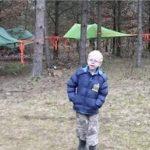 INGEN vil være venner med 7-årige Jonas: Nu inviterer hans familie til legedag