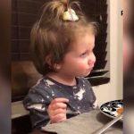 Den 3-årige pige afslører at hun har fået en kæreste: Se nu farens geniale svar som skaber stor debat!