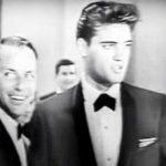 """Frank Sinatra & Elvis Presley synger """"Love Me Tender"""" – og deres resultatet er hjerteskærende!"""