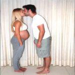 Han filmer sin gravide kone i 9 måneder – 1000 billeder senere er yderst hjertevarmende