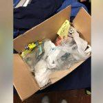 Ung dreng flyttede hjemmefra – mor sendt ham en gave med posten, men indholdet var ikke hvad han havde forestillet sig.