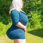 24-årig svensk model vil have verdens største røv – sådan ser hun ud i dag