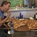 """Dette pizzeria, giver dig 3.700 kroner – hvis du lykkes med den """"umulige"""" udfordring!"""
