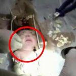 Nyfødt baby smidt i toilettet – Brandfolkenes indsats er utrolig